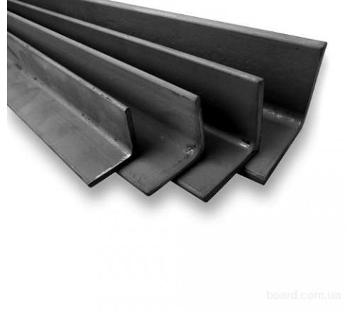 Уголок металл 100х100х6м (550р)